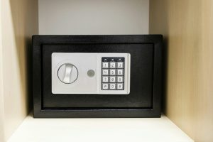 locksmith manchester safe installation home